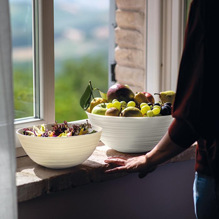 Walnut bowls 5-6 in diameter of varying sizesice cream bowlspopcorn bowlssnack bowlsgiftforhergiftforhimgiftformomhousewarming